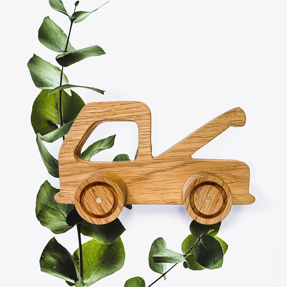 lastbil i træ